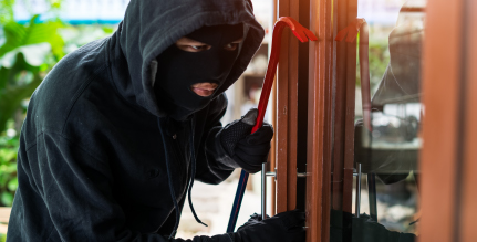 What kind of homes do burglars look for? Learn about protecting your home while on vacation.
